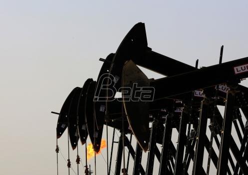 Saudijski ministar: Možda treba nastaviti ograničenje proizvodnje nafte