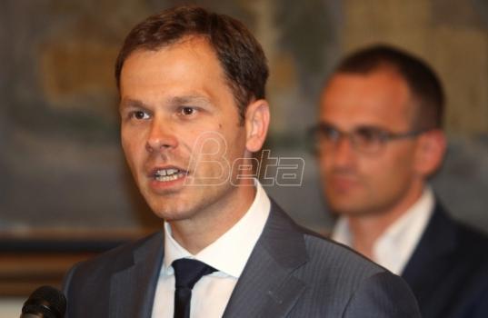 Vučić: Siniša Mali će snositi političke posledice