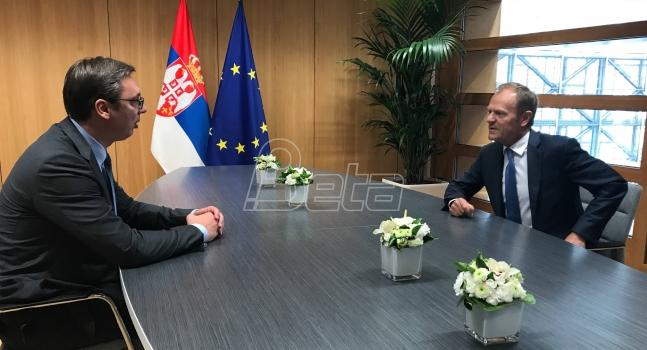 Tusk i Vučić: Srbija u EU čim sprovede reforme i okonča dijalog sa Prištinom