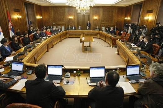 Vučić: Insistiraću na finansijskoj kontroli