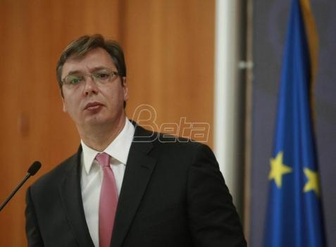 SNS: Kandidaturu Vučića podržalo svih 185 odbora